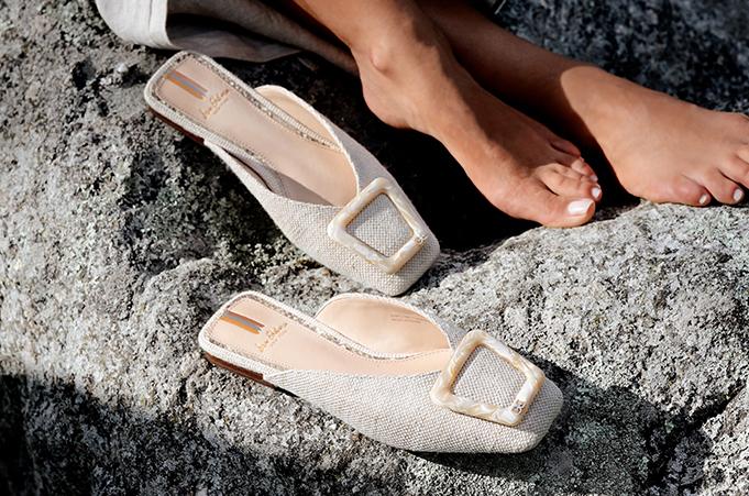 أحذية عصرية وفاخرة لكل يوم