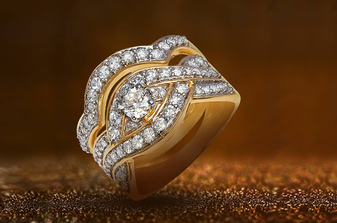 Timeless diamonds, gold and jewels